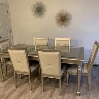I love my Tiffany Dining Room Set