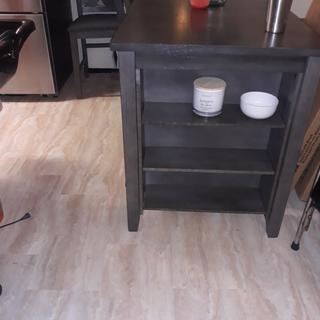 I love this kitchen set space saver beautiful craftmanship