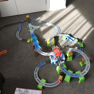 Very impressed as a starter trackmaster set.