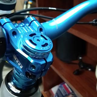 Deity Copperhead 35mm 31.8 Stem with Deity Top Cap in Blue