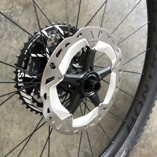 BRAND NEW SHIMANO XT DEORE RT-MT800 ICE TECH CENTRE-LOCK DISC BRAKE ROTOR 203mm