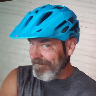 Love this helmet. Fit and ergonomics.
