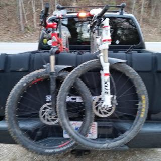 Fits well on a Nissan Frontier.   Carries multiple bikes easily and securely.