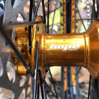 New bike feeling to a beautiful hope hub