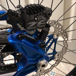 Shimano 180mm IS mount with Shimano ZEE caliper and Hope 180 rotor.
