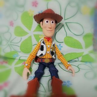 0214a83e2c3e0 Disney Pixar Toy Story Woody El Comisario Precio Sugerido