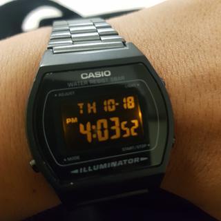 72673e048ee5 Reloj unisex Casio Vintage B640BW-1BVT negro Precio Sugerido