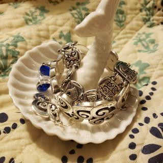 I live my beautiful ring dish ??