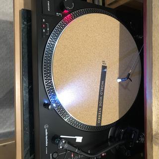 Looks cool on my turntable
