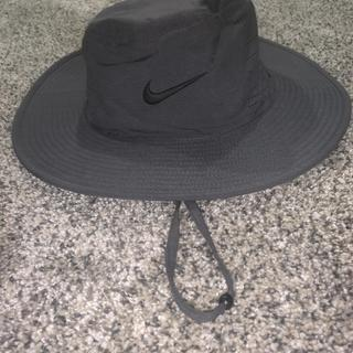 i love this hat literally wear it all the time