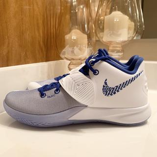 Side View White, Varsity Royal and Blanc Royal Varsity Colorway Kyrie Flytrap 3 Basketball Shoe