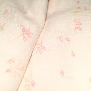 Organic Sweet Pea Gauze™ Fabric   Spoonflower