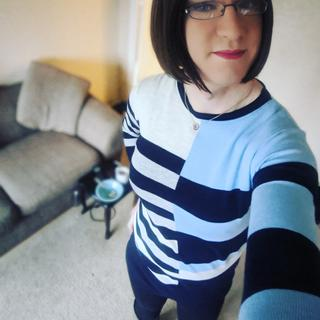 Loving my tunic top (it arrived finally)