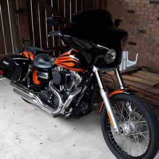 2013 H-D WideGlide with Memphis Shades BatWing Fairing