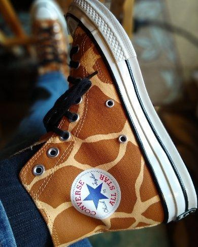 I bought my 1st pair in 1986 in giraffe, wore 'em till they disintegrated. When I saw the reissue