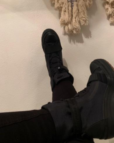 I was afraid these would look to goth for my style but when I put them on w/my skinny jeans, they looked great