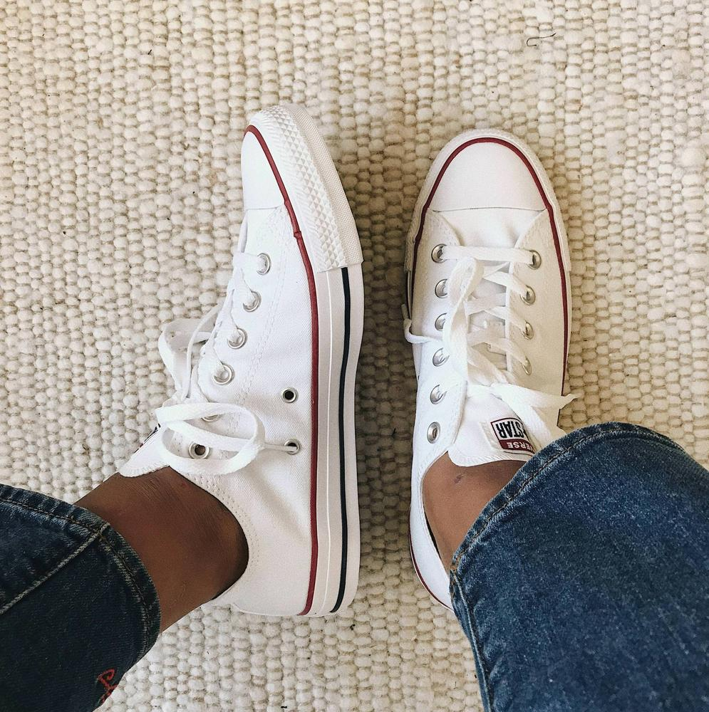 This is my 4th pair of converse - I keep buying white ones over and over 232e88152