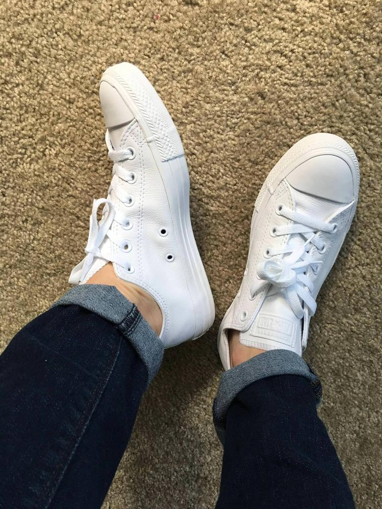 I love the color of these as they are pure white and leather! I definitely think that they run bigger becuse they are leather! They are pretty cushioned inside which feels better than my older converse! These sneakers were gifted from Converse!