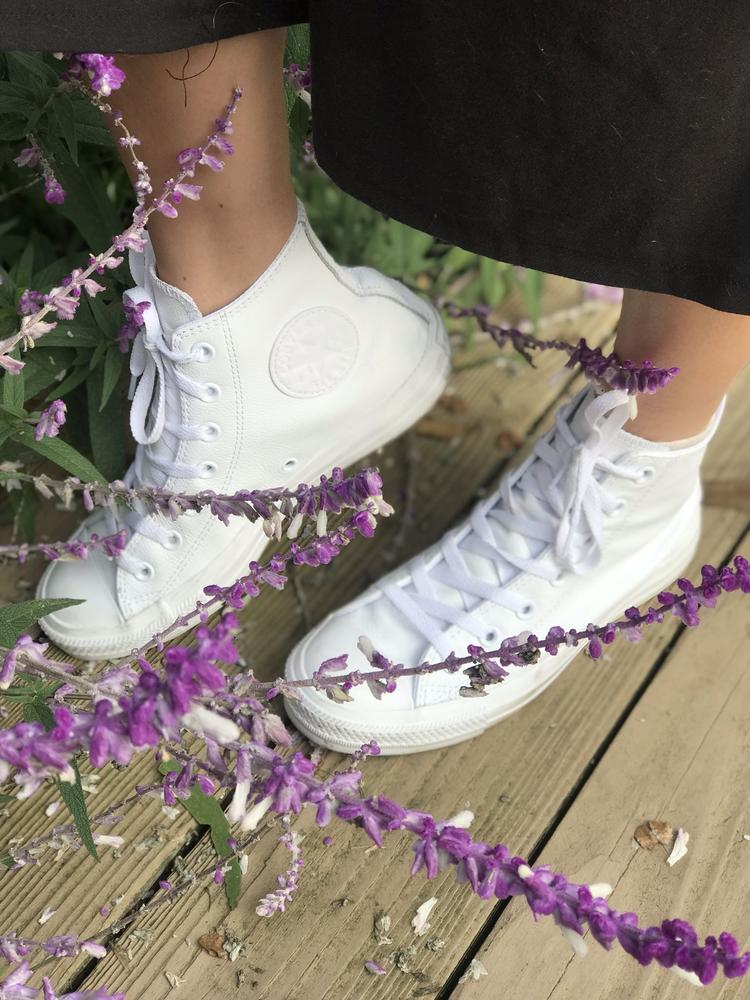 I'm in love with these shoes! I've been wearing them nonstop since I've got them and because they're white they go with everything. The leather material makes it easy to slip on and off and it makes it easy to clean. From all the chucks I've had in my lifetime, I'm enjoying these the most because they're super comfortable, low maintenance, and go with everything. I would 10/10 recommend these pair of Converses to anyone who was considering getting them. Thank you Converse for gifting me these shoes for the review.