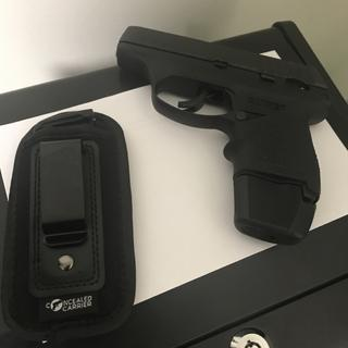 Ruger LC9 / LC9s Magazine Black 9mm 9rd Extended