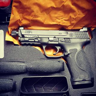 Smith and Wesson M&P9 M2 0 9mm 4 6-inch Threaded Barrel 17 Rounds Tall  Sights No Thumb Safety
