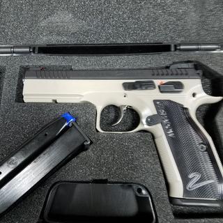 CZ 75 SP-01 Shadow 2 Gray / Black 9mm 4 89-inch 17Rds Adjustable Sights