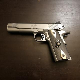 Looks great with these USMC grips I added to it.