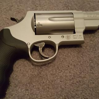 Smith and Wesson Governor Silver Edition Stainless  45 ACP /  45 LC /  410  GA 2 75-inch 6Rd