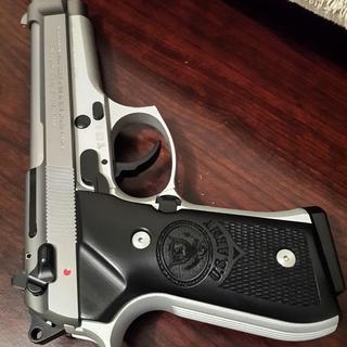 Love my Beretta 92fs Inox!