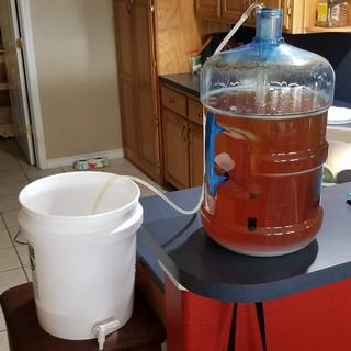 Bottling bucket transfer