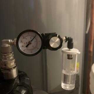 Spundit valve
