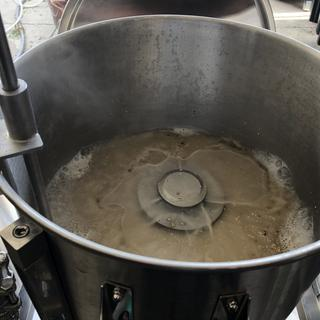 Circulating wort through the mash.