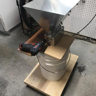 "New mill on a 6 gal pail, with 3/8"" drill."