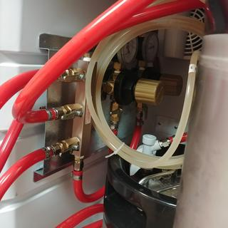 Manifold and regulator
