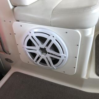 Installed in a Regal 4160 Cruiser