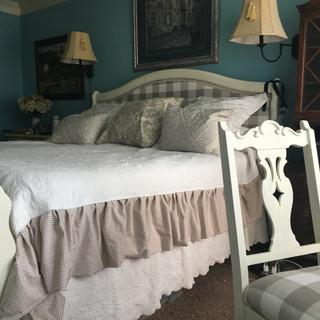 Added skirting to coverlet that only came in king size- not cal king- love it