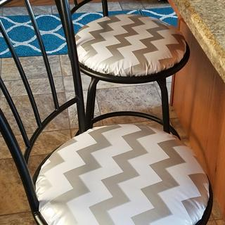 Covering barstools