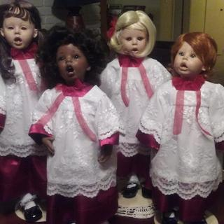 Dolls by Donna RuBert. Choir robes by me! LOL!