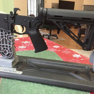 First lower receiver build with Magpul MOE LPK.