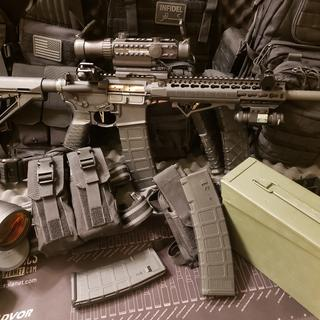 I could keep it all in the can or load up all the mags. Either way, i'm ready to go!