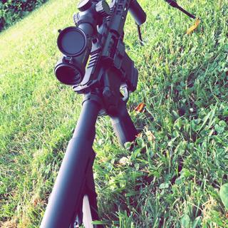 Solid first rifle upper. 1-6x optic. SRC BCG. She runs.