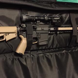 Set up includes Leupold 2-7 x 33 scope & 45 degree reflex.