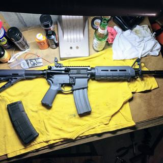 PSA kit on Anderson lower with Colt aluminum 30 round mag inserted + 30 round gen2 Pmag on the side.