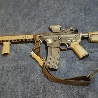psa .22 upper with spikes lower, bcm internals, magpul furniture