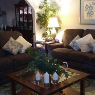 Sofa electric, loveseat manual