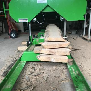 Saw Mill with 301cc Gas Engine