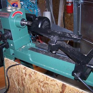 12 in  x 33-3/8 in  3/4 HP Wood Lathe with Reversible Head