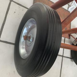 20aa4e51da70 10 in. Solid Rubber Tire with Steel Hub