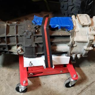 450 lbs  Low Lift Transmission Jack