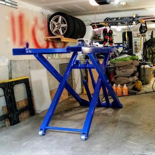 Automotive Scissor Lift